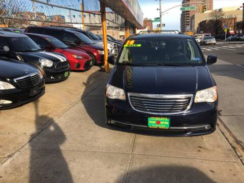 2014 Chrysler Town and Country for sale at Sylhet Motors in Jamacia NY