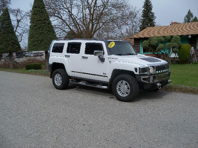 2009 HUMMER H3 white 2009 hummer h3 37l 5 speed manual 4x4 power seat s
