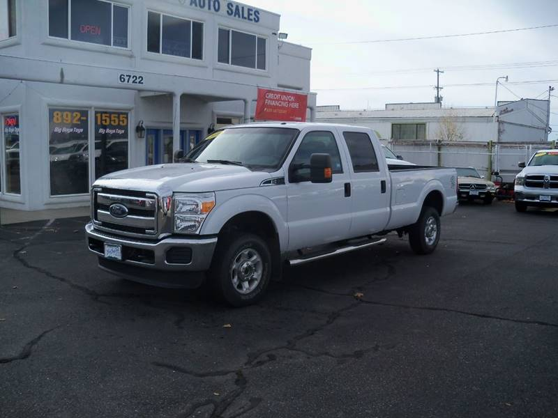 2016 FORD F-350 SUPER DUTY XLT 4X4 4DR CREW CAB 8 FT LB SR white more pictures coming soon x