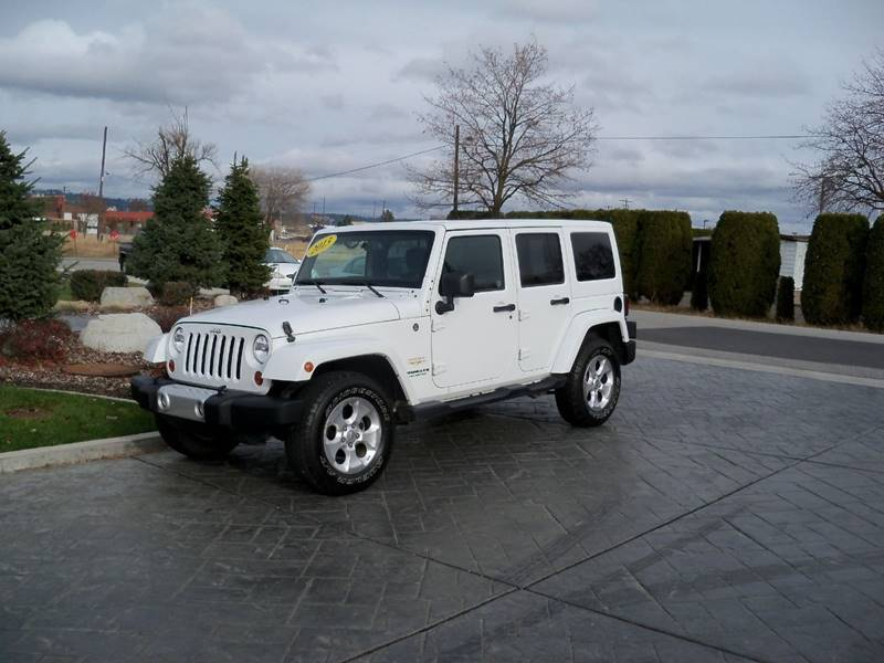 2013 JEEP WRANGLER UNLIMITED SAHARA 4X4 4DR SUV