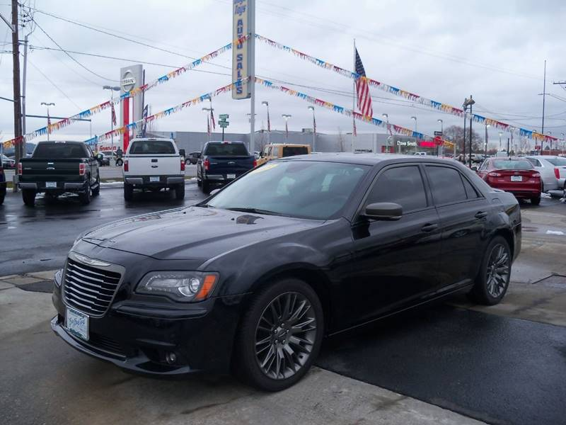 2013 CHRYSLER 300 C JOHN VARVATOS LUXURY EDITION 4 black 300 c john varvatos