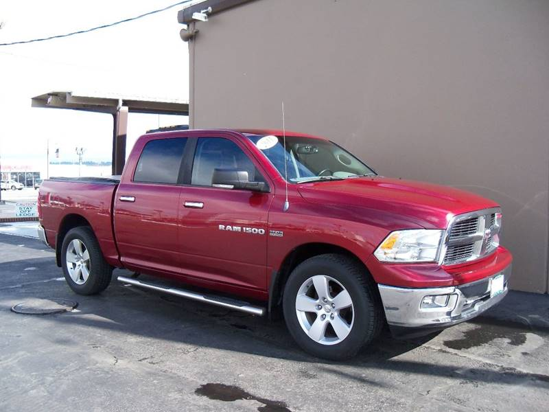 2011 RAM RAM PICKUP 1500 BIG HORN 4X4 4DR CREW CAB 55 FT red big horn edition