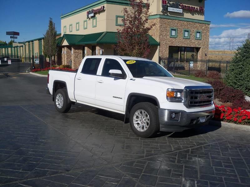 2014 GMC SIERRA 1500 SLE 4X4 4DR CREW CAB 58 FT SB white sle 53l z71 off road pkg low miles