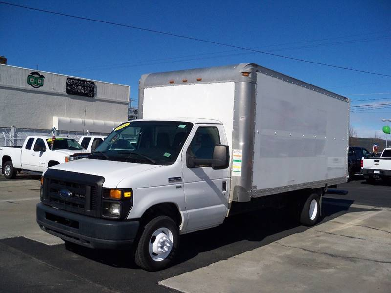 2011 FORD E-350 16 BOX VAN white 2 in stock  16 cube  vans 54 l flex fuel 4 speed automatic t