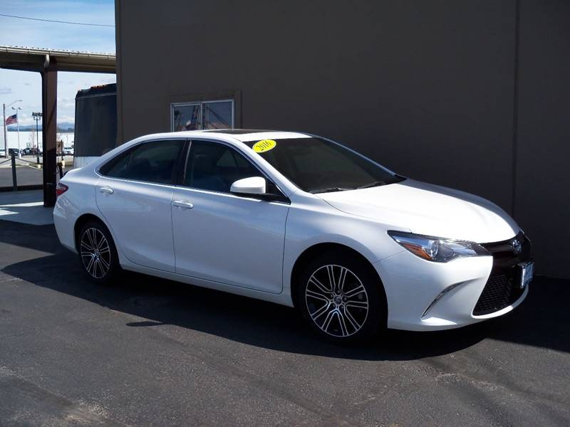 2016 TOYOTA CAMRY SPECIAL EDITION 4DR SEDAN white sespecial edition 1 ownerlease return 25l
