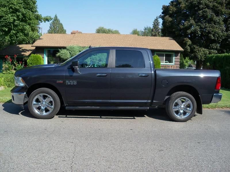 2015 RAM RAM PICKUP 1500 BIG HORN 4X4 4DR CREW CAB 55 FT maximum steel metalic