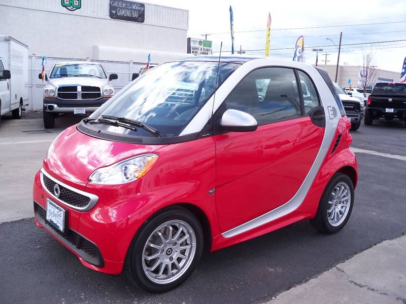 2013 SMART FORTWO PASSION ELECTRIC DRIVE 2DR HATCH redsilver additional photos coming soon sma