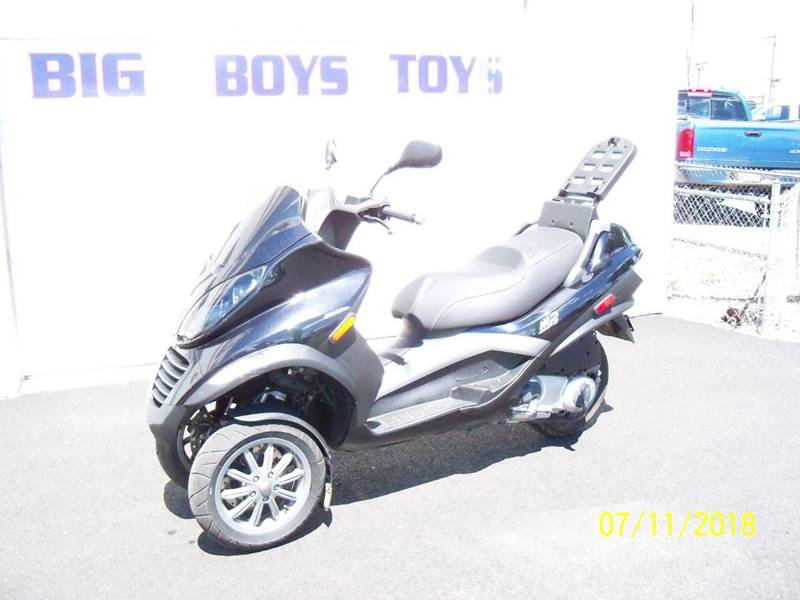 2007 PIAGGIO MP3 250 black fresh trade-in with only 1254 kilometers which is