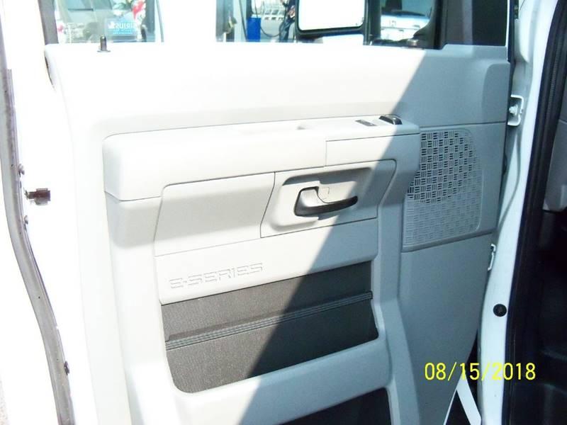 2012 FORD E-SERIES CARGO E 250 3DR CARGO VAN