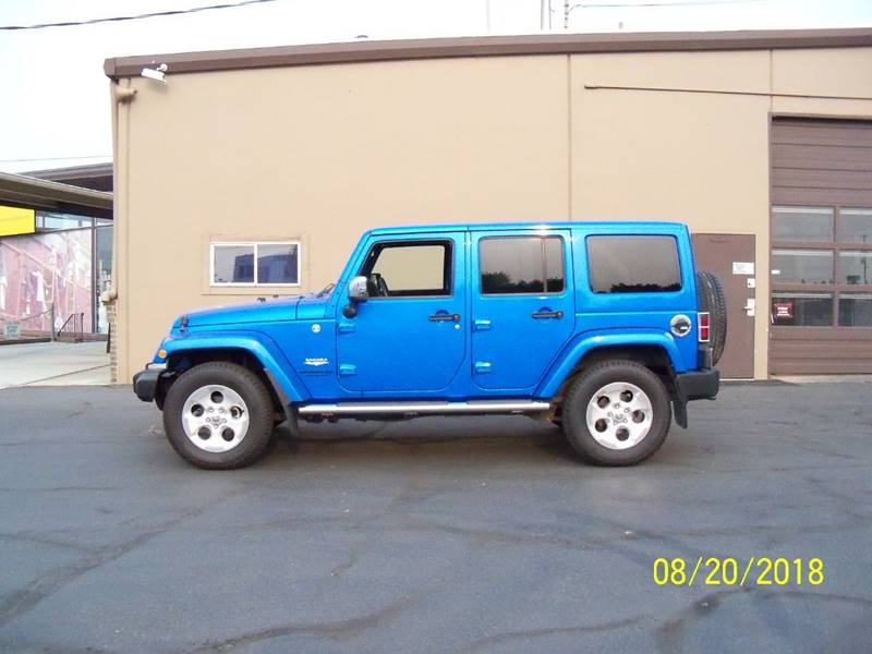2014 JEEP WRANGLER UNLIMITED SAHARA 4X4 4DR SUV electric blue sharp sahara wheated black leather