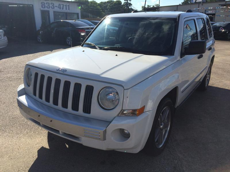 2008 Jeep Patriot Limited 4dr SUV w/CJ1 Side Airbag Package - Beaumont TX