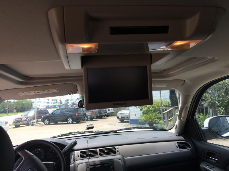 2011 Chevrolet Tahoe 4x4 LT 4dr SUV - Beaumont TX