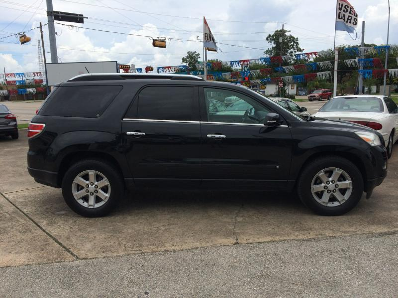 2009 Saturn Outlook XR 4dr SUV - Beaumont TX