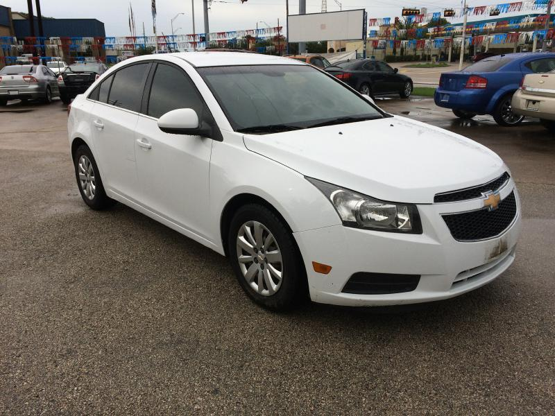 2011 Chevrolet Cruze LT 4dr Sedan w/1LT - Beaumont TX