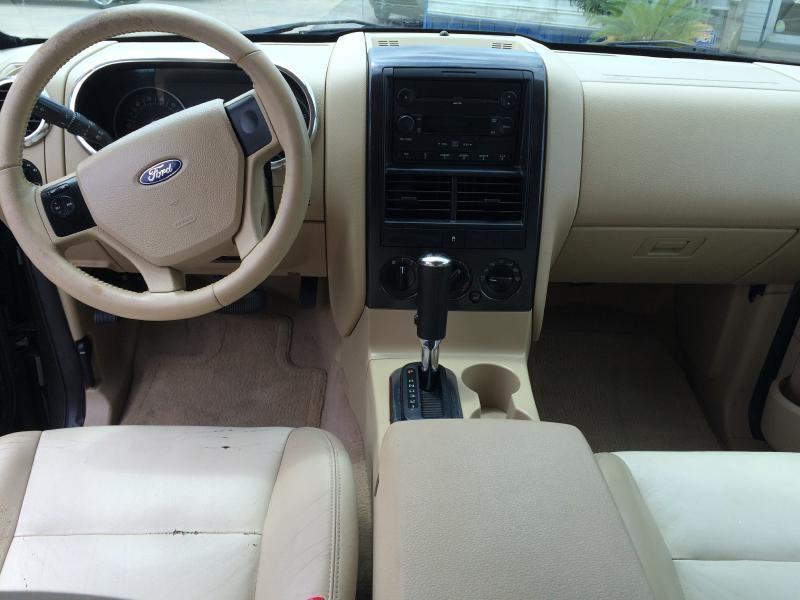 2006 Ford Explorer XLT 4dr SUV w/V6 - Beaumont TX
