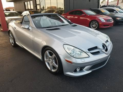 2005 Mercedes-Benz SLK for sale at JQ Motorsports East in Tucson AZ