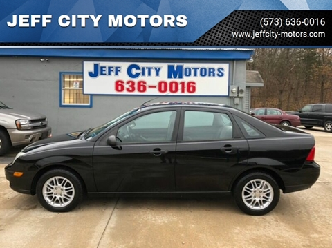 2007 Ford Focus for sale at JEFF CITY MOTORS in Holts Summit MO