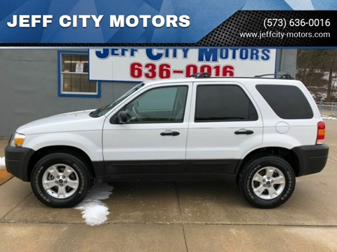 2005 Ford Escape for sale at JEFF CITY MOTORS in Holts Summit MO