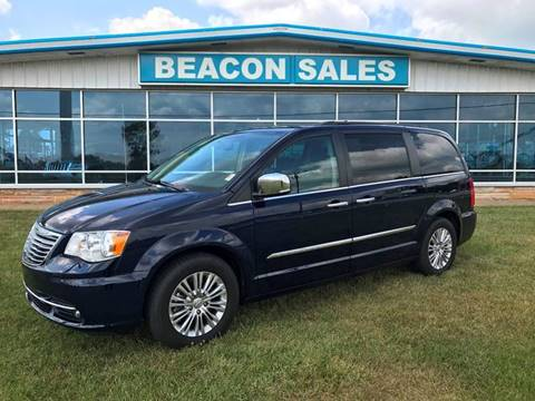 2015 Chrysler Town and Country for sale in Charlotte, MI