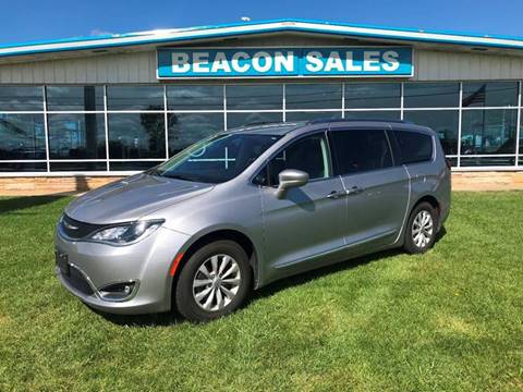 2018 Chrysler Pacifica for sale in Charlotte, MI