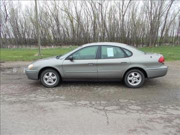 2004 Ford Taurus for sale in Oacoma, SD
