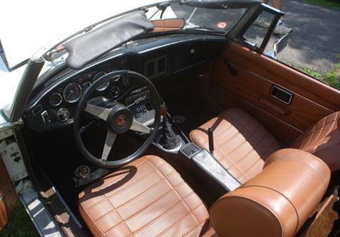 1974 MG B