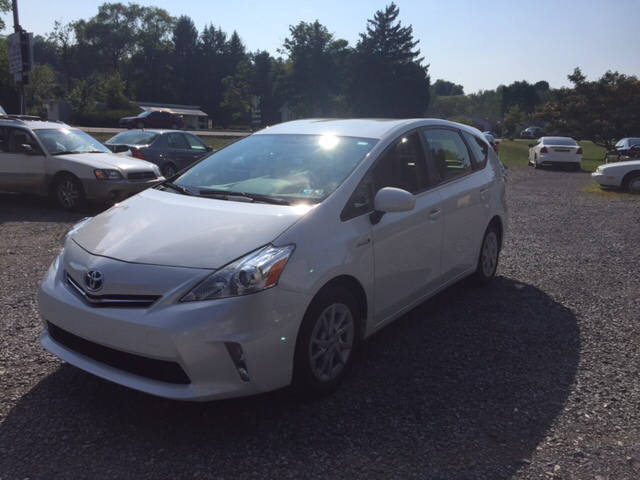 2012 Toyota Prius v for sale at DOUG'S USED CARS in East Freedom PA