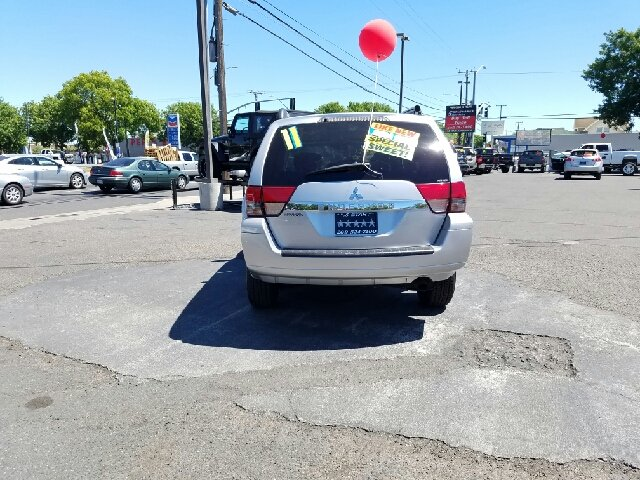 2011 Mitsubishi Endeavor for sale at 5 Star Auto Sales in Modesto CA