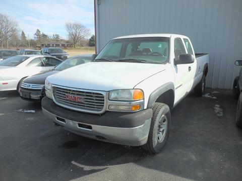 2002 GMC Sierra 2500HD for sale in Amherst, OH