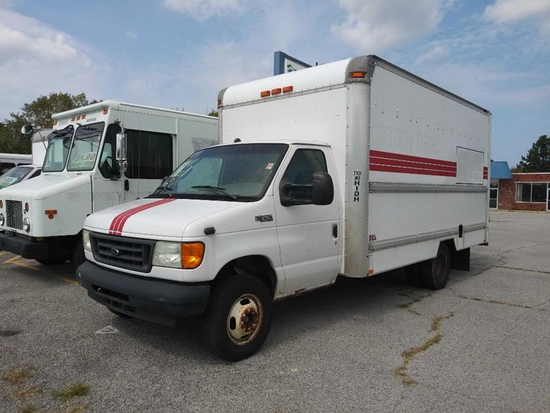 2004 Ford E-Series Chassis E-350 SD 2dr Commercial/Cutaway/Chassis 138-176 in. WB - Amherst OH