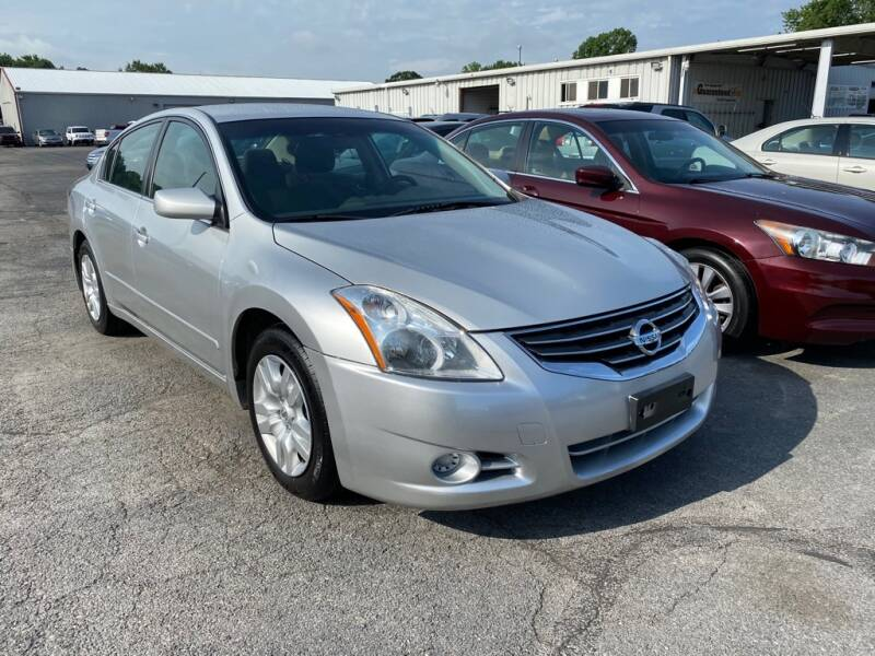 2012 Nissan Altima  - Amherst OH