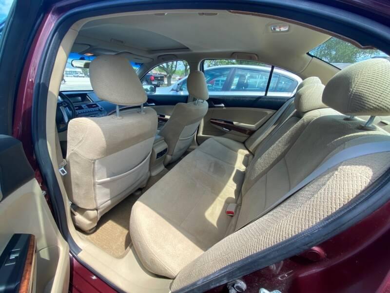 2011 Honda Accord EX 4dr Sedan 5A - Amherst OH