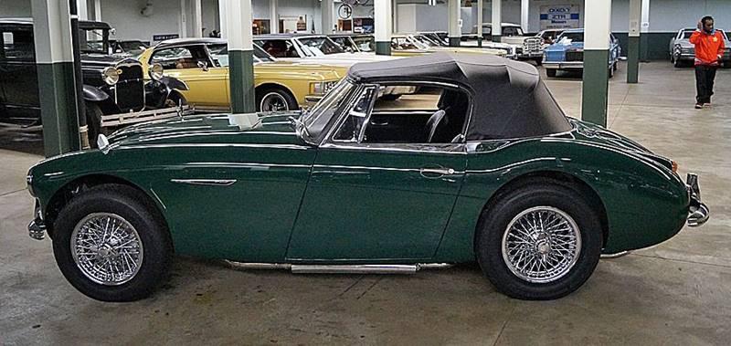 1967 Austin-Healey 3000 Mk III 11