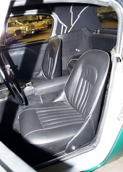 1967 Austin-Healey 3000 Mk III 15