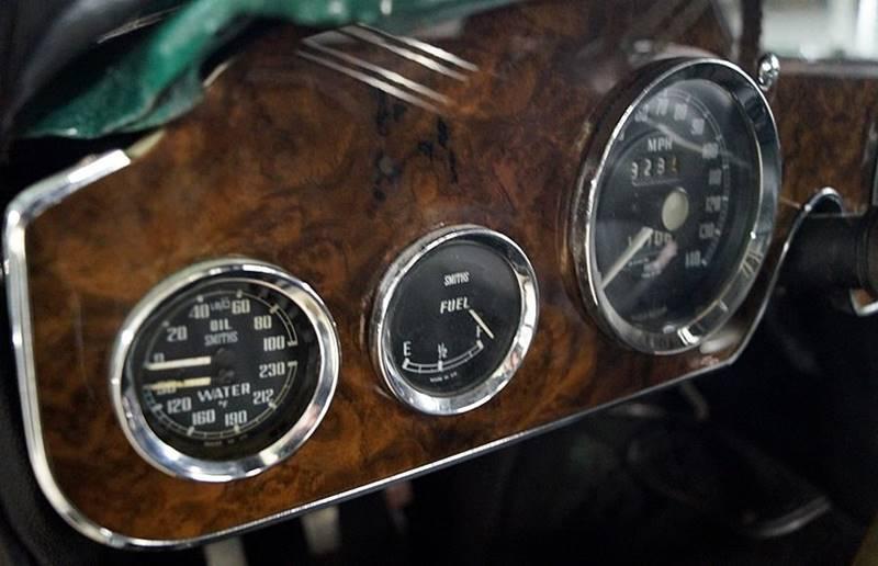 1967 Austin-Healey 3000 Mk III 17