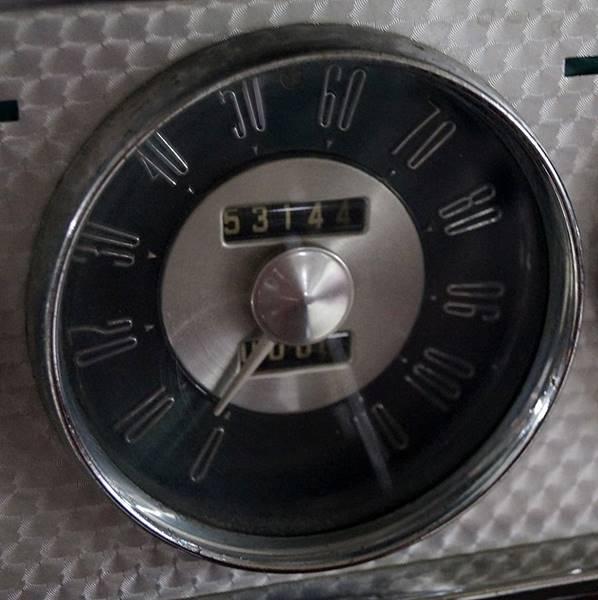 1953 Packard Caribbean 18