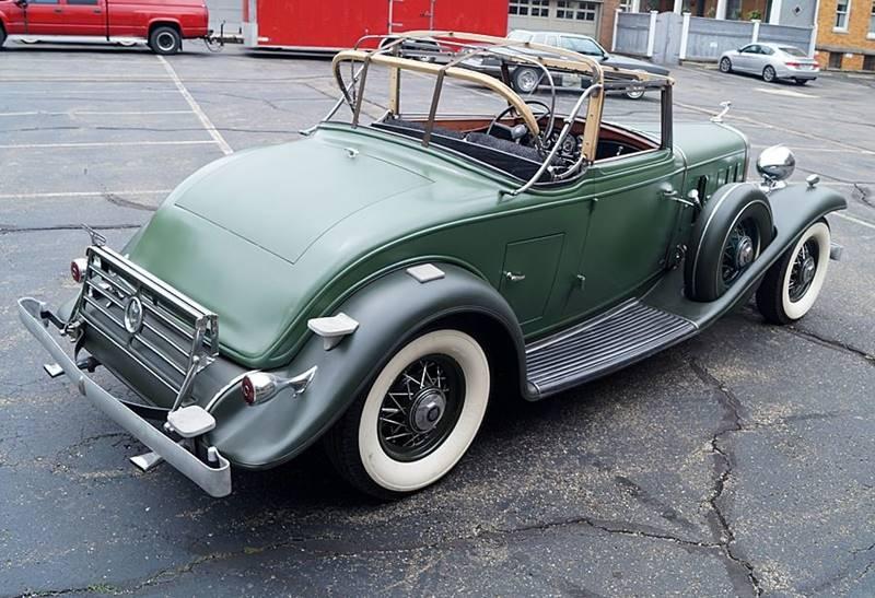 1932 Cadillac V12 16