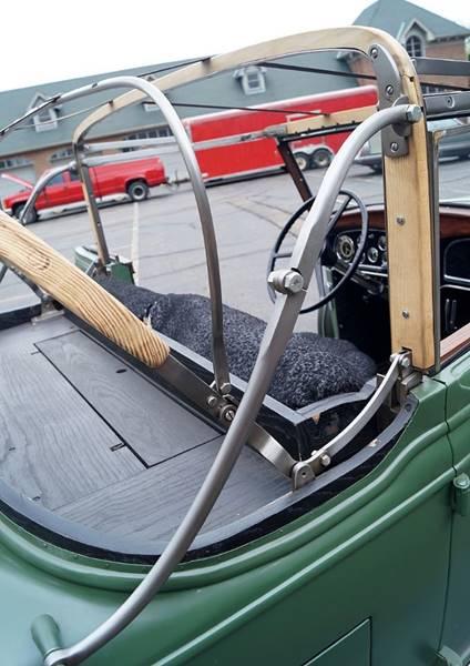 1932 Cadillac V12 26