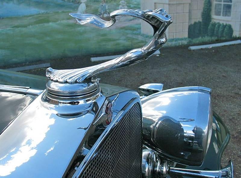 1932 Cadillac V16 6