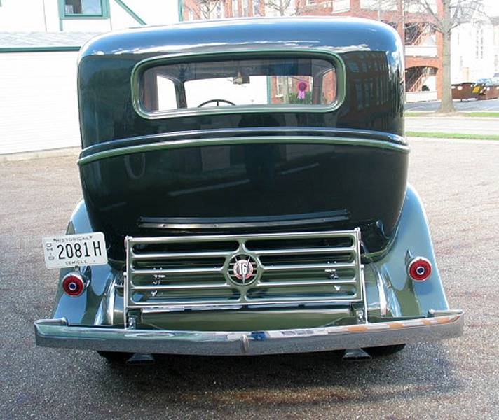 1932 Cadillac V16 8
