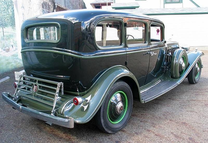 1932 Cadillac V16 9