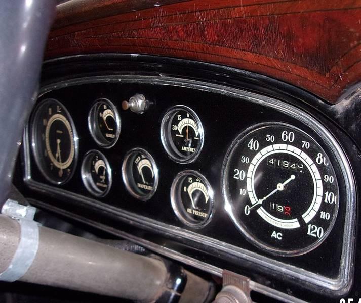 1932 Cadillac V16 12