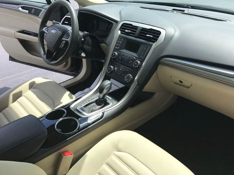 2013 Ford Fusion SE 4dr Sedan - Muscle Shoals AL