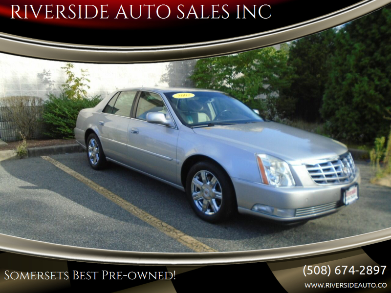 2007 Cadillac DTS for sale at RIVERSIDE AUTO SALES INC in Somerset MA