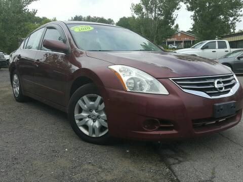 2010 Nissan Altima for sale at GLOVECARS.COM LLC in Johnstown NY