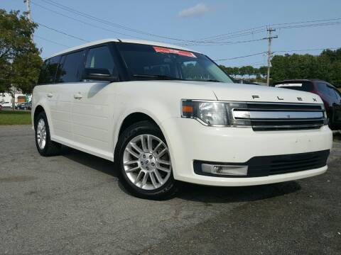 2013 Ford Flex for sale at GLOVECARS.COM LLC in Johnstown NY