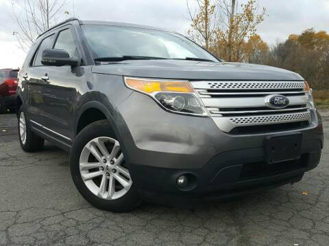 2013 Ford Explorer for sale at GLOVECARS.COM LLC in Johnstown NY