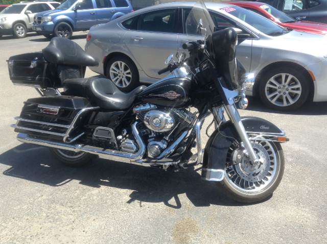 2011 Harley-Davidson FLHTC for sale at SOLIS AUTO SALES INC in Elko NV