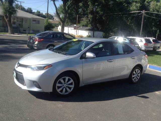2016 Toyota Corolla for sale at SOLIS AUTO SALES INC in Elko NV
