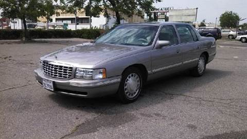 1998 Cadillac DeVille for sale at Larry's Auto Sales Inc. in Fresno CA